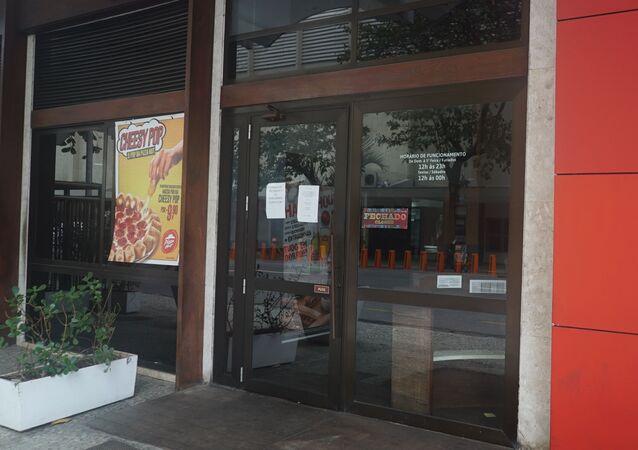 Restaurante fechado em Ipanema, Zona Sul do Rio de Janeiro