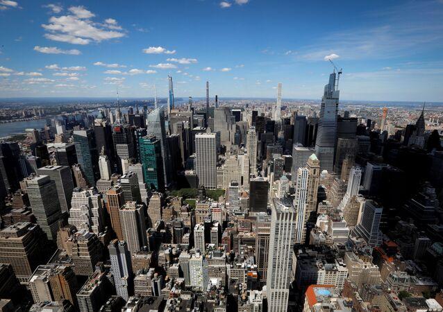 Linha do horizonte de Manhattan é vista do 86º andar do Empire State Building em Nova York, EUA, 24 de junho de 2020