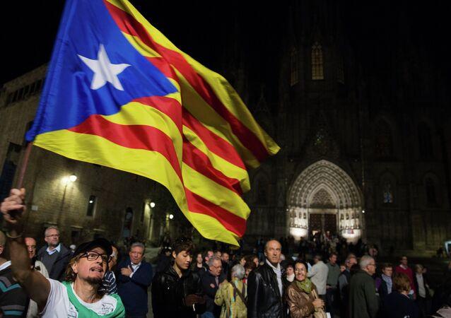Bandeira da Catalunha durante uma manifestação antes do referendo de 2014. Foto de arquivo