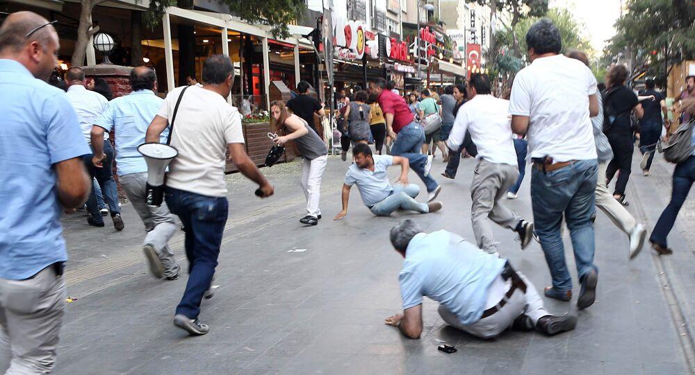 Protestos em Ancara, na Turquia, na última segunda-feira (27)