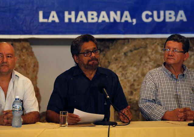 Representantes das FARC em Havana.