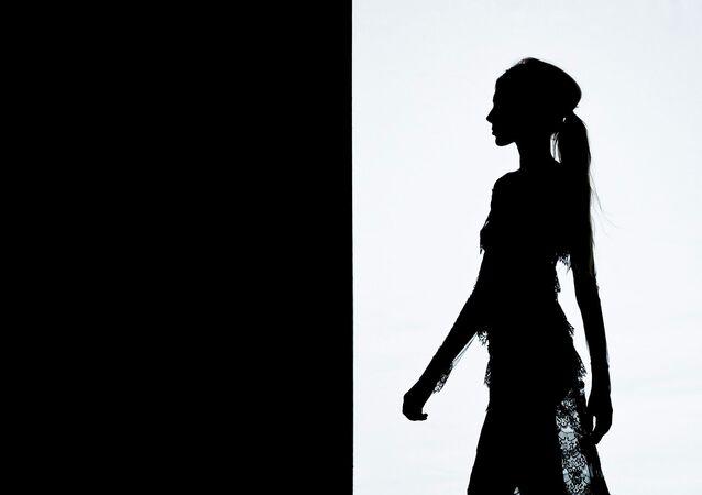 Modelo na passarela (foto de arquivo)