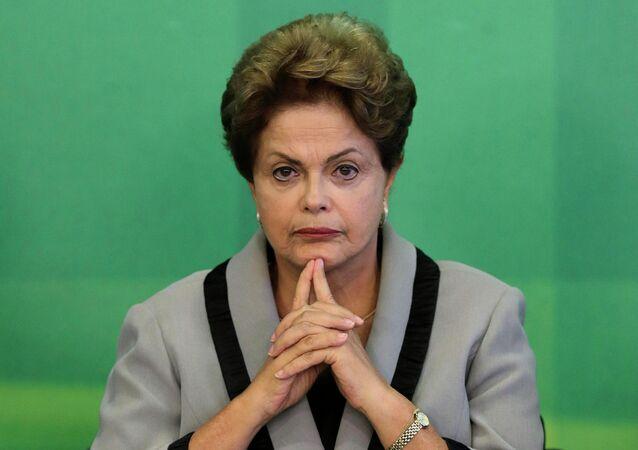 Medida foi para evitar processo por crime de responsabilidade fiscal contra a Presidenta Dilma Rousseff