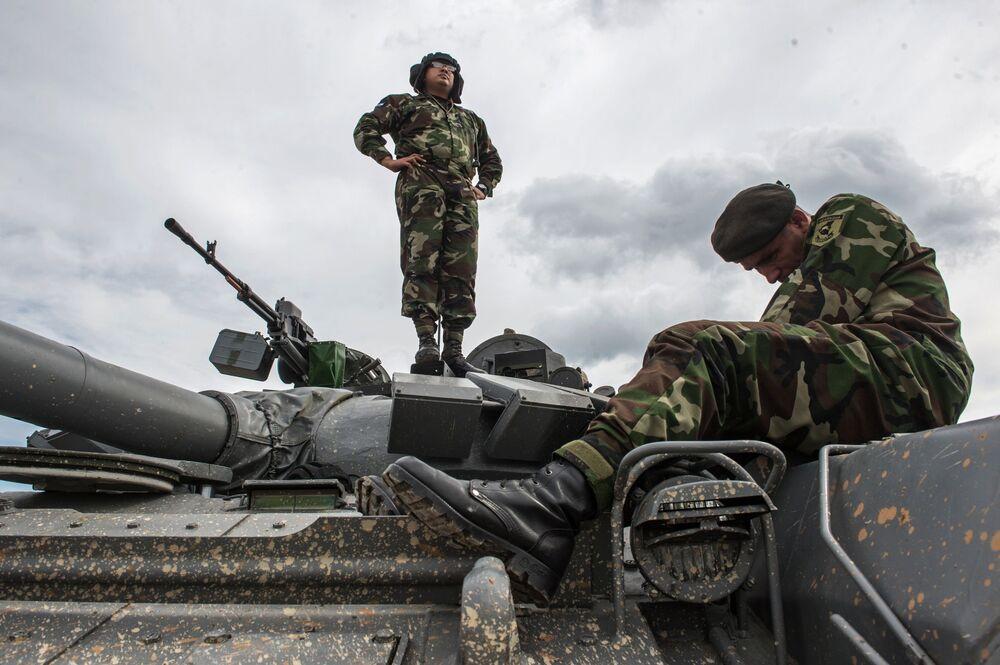 Forças Armadas da Nicarágua no polígono de Alabino na região de Moscou, preparando-se para os Jogos Internacionais de Exército 2015.