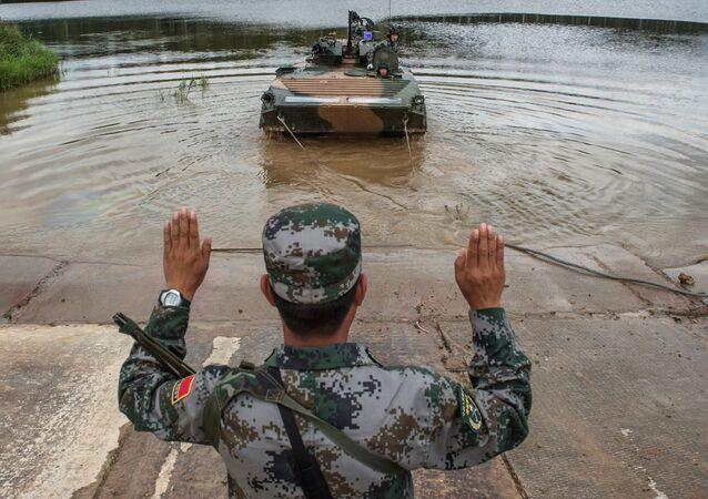 Um militar das Forças Armadas da China