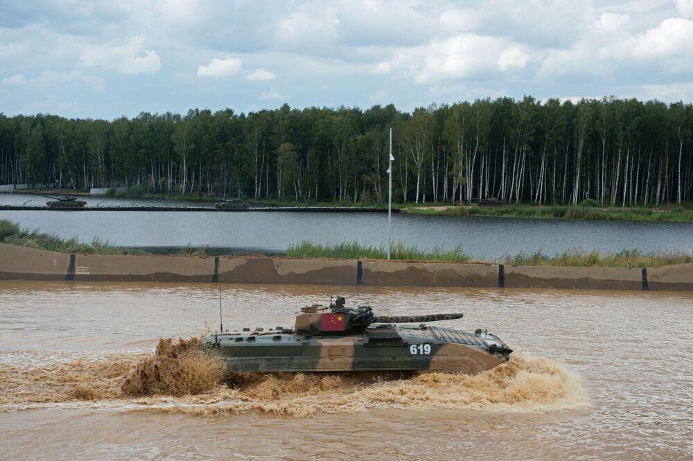 Tanque dos militares da China.