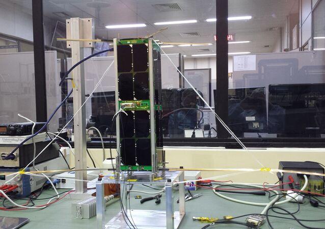 Projeto do nanossatélite brasileiro SERPENS