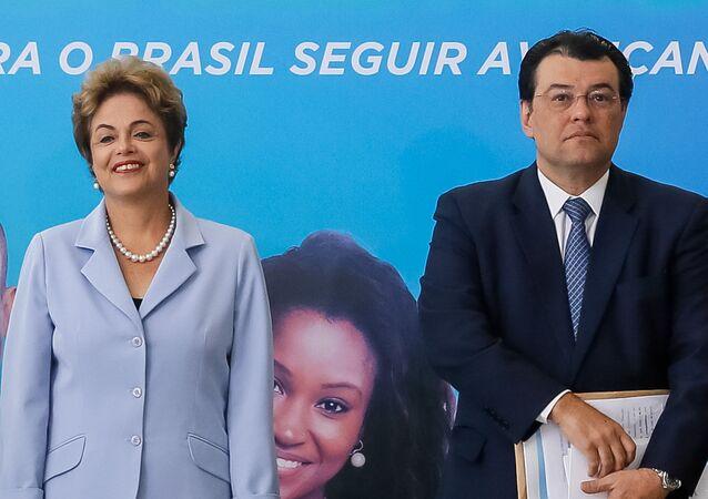 Presidenta Dilma Rousseff e o Ministro de Minas e Energia Eduardo Braga no lançamento do Plano de Energia Elétrica