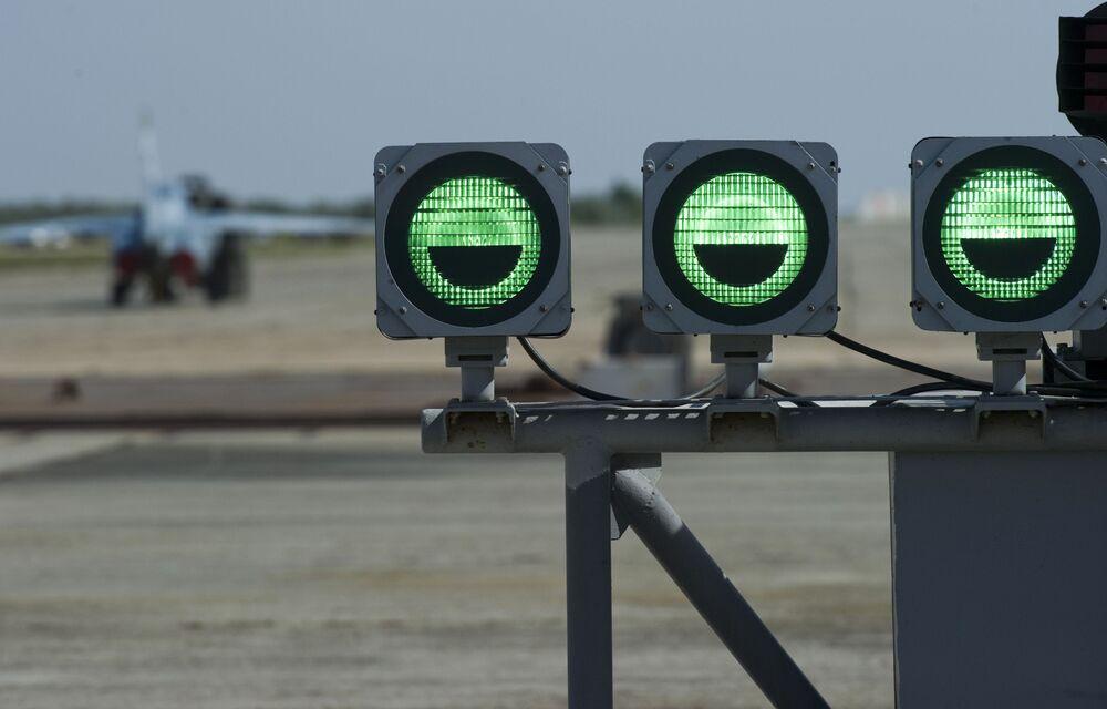 O polígono dos sistemas de decolagem e aterrissagem Nitka na Crimeia (Rússia).