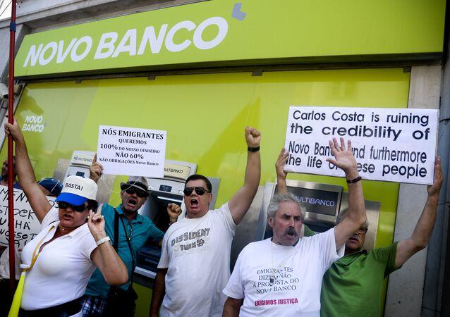 Depositantes lesados do Novo Banco (antigo Banco Espirito Santo) manifestam-se