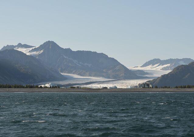 Glaceiro no Parque Nacional dos Fiordes de Kenai. 1 de setembro 2015. Seward, Alasca.