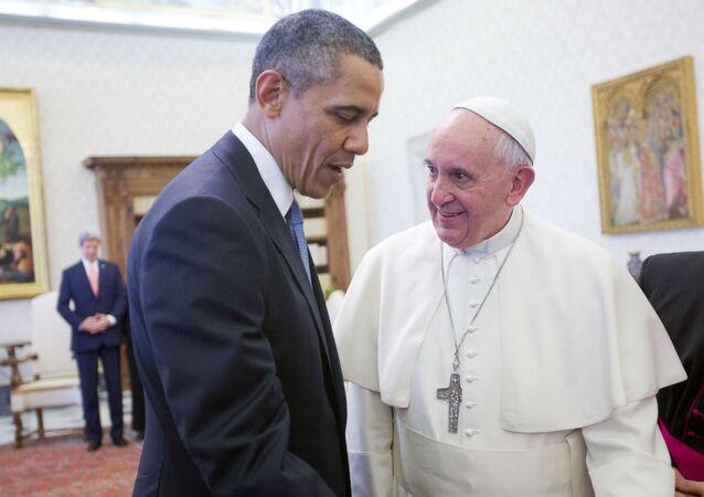 Barack Obama e Papa Francisco.