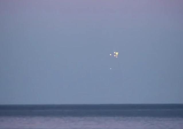 Luzes misteriosas sobre o mar Báltico (foto de arquivo)