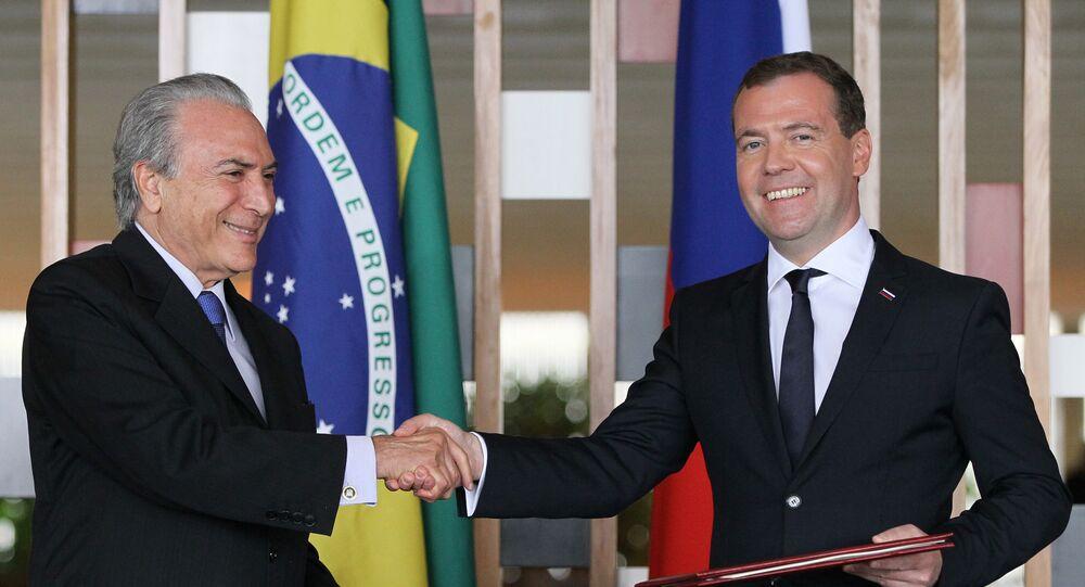 Michel Temer e Dmitry Medvedev em encontro em Brasília, em 2013.