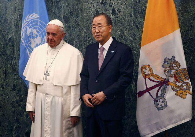Papa Francisco e Ban Ki-moon.