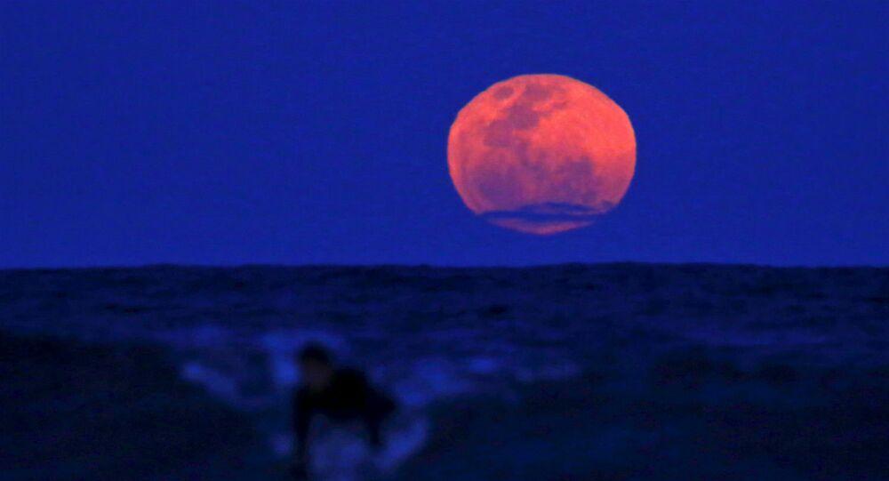 Lua de Sangue.