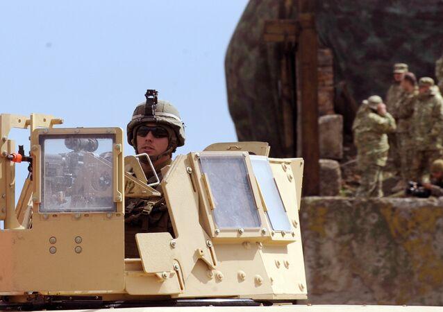 Foto de arquivo. Fuzileiros navais norte-americanos participam nos exercícios militares