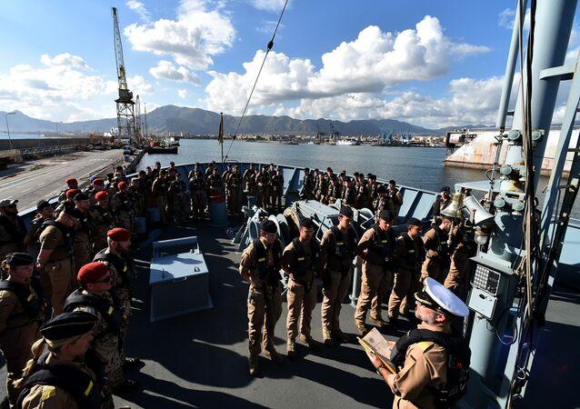 As Forças Marítimas dos países da UE no início da segunda fase da operação naval da UE contra os traficantes de pessoas no Mediterrâneo pretendem operar nas águas territoriais da Líbia