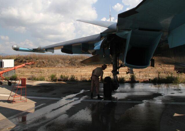 As Forças Aeroespaciais da Rússia na base aérea Hmeymim na Síria