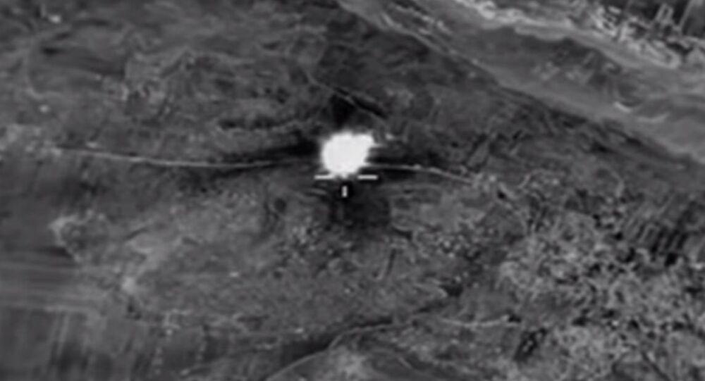 Aviação russa atinge posto de controle do Estado Islâmico na Síria