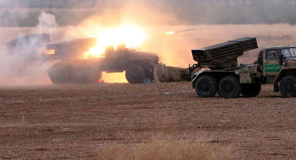 Exército sírio em Hama.