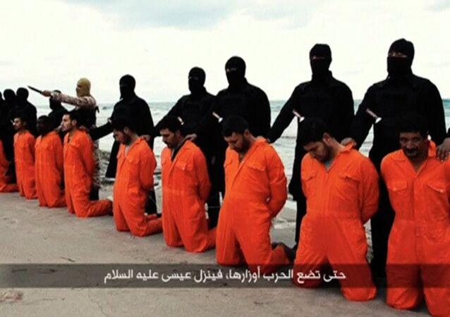 Momento antes de uma execução pelo Estado Islâmico (foto de arquivo)
