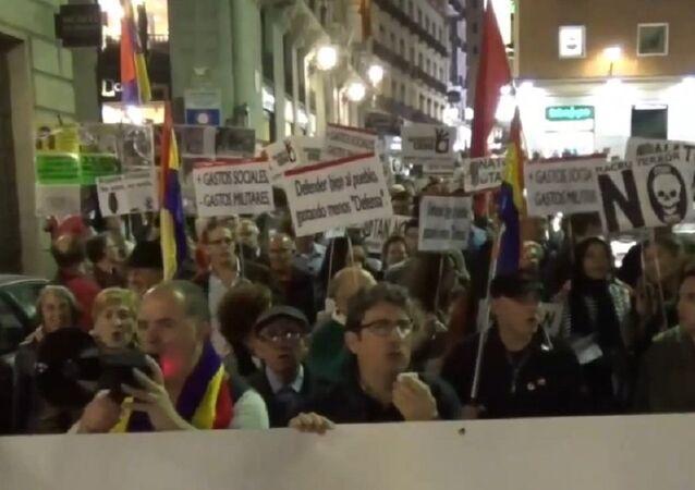 Manifestantes anti-OTAN em Madri