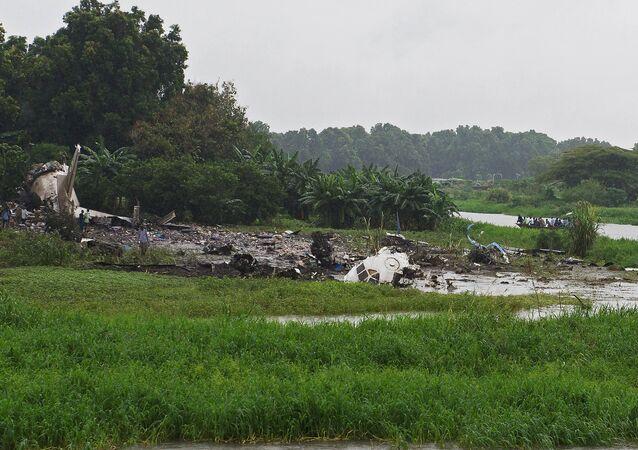Local da queda do avião An-12 perto do aeroporto de Juba, no Sudão do Sul