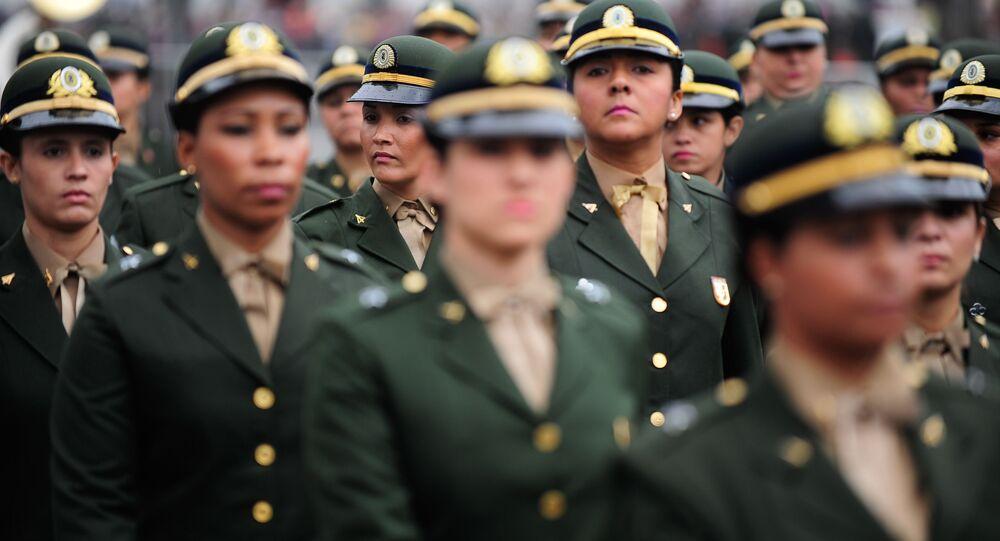 Desfile cívico-militar do 7 de setembro na Avenida Presidente Vargas, centro do Rio de Janeiro