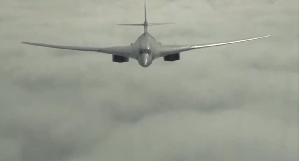 Bombardeiro estratégico Tupolev 160.