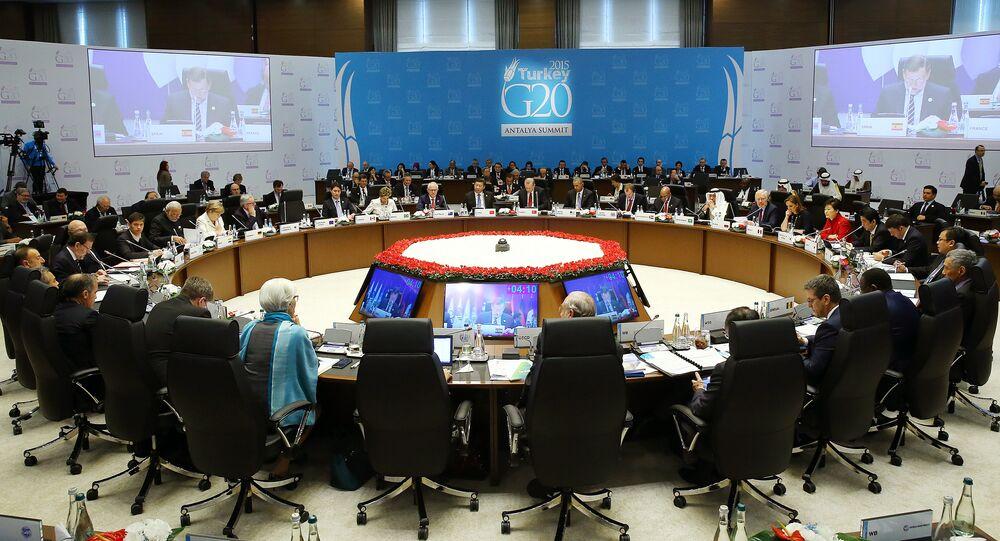 Líderes das maiores economias do mundo reunidos na Cúpula do G20, em Antalya, na Turquia.