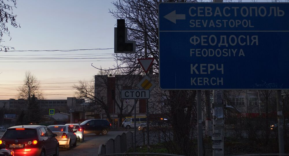 Ucrânia afirma que não pode restabelecer fornecimento de energia para a Crimeia porque extremistas impedem reparos em torres de transmissão elétrica