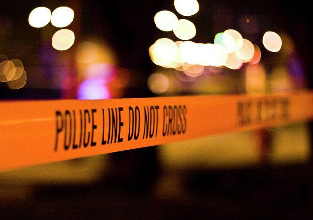 Motorista foi detida após jogar carro contra multidão em Yorba Linda, a cerca de 50 km de Los Angeles