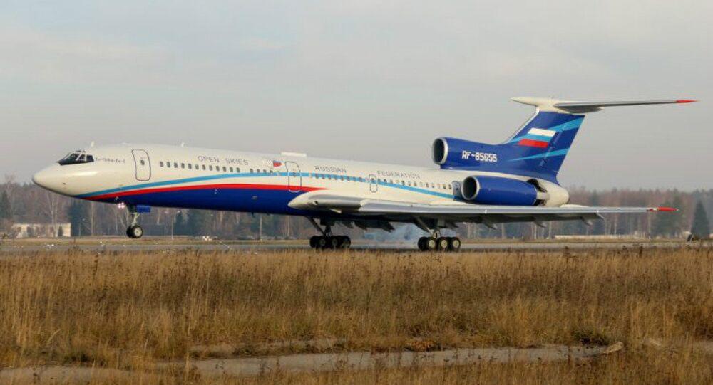 Avião russo Tu-154M-LK-1 que realizará voos de vigilância no ámbito do Tratado de Céus Abertos