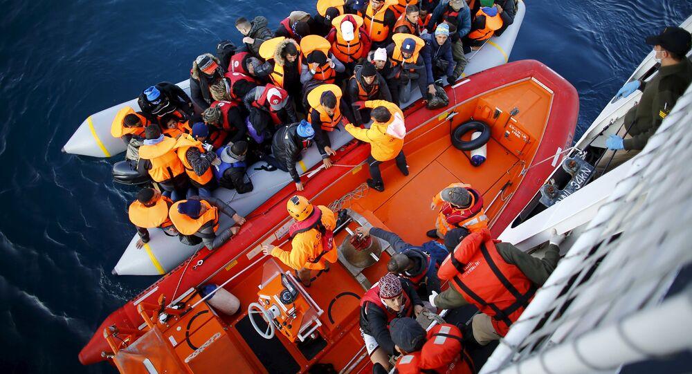 Autoridades turcas impedem travessia de refugiados em Çanakkale para a ilha grega de Lesbos