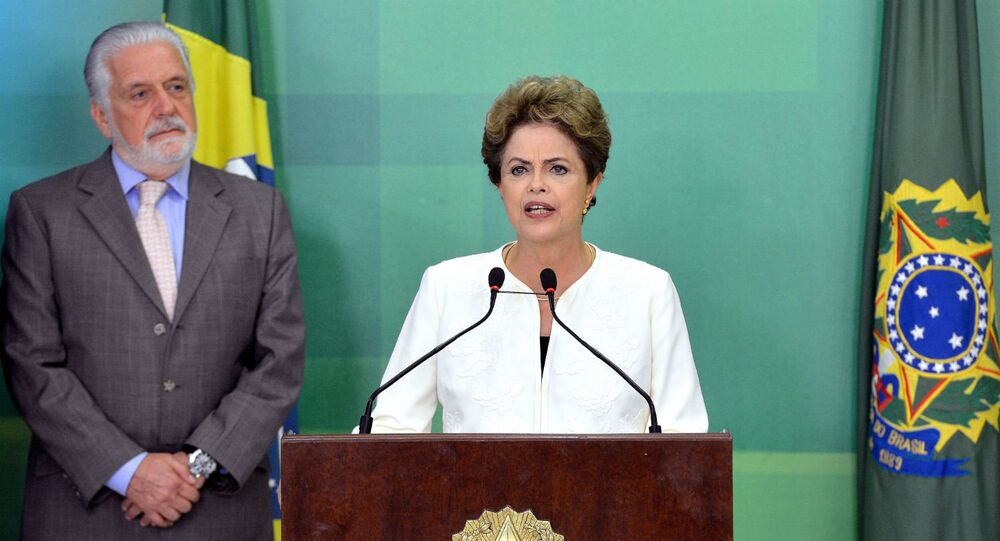Dilma Rousseff durante pronunciamento sobre a abertura do processo de impeachment.