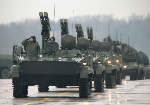Sistema russo de mísseis guiados antitanque Khrizantema-S