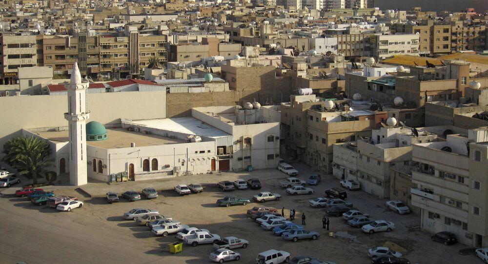 Veículos estacionados em rua da cidade de Riad, capital da Arábia Saudita (foto de arquivo)