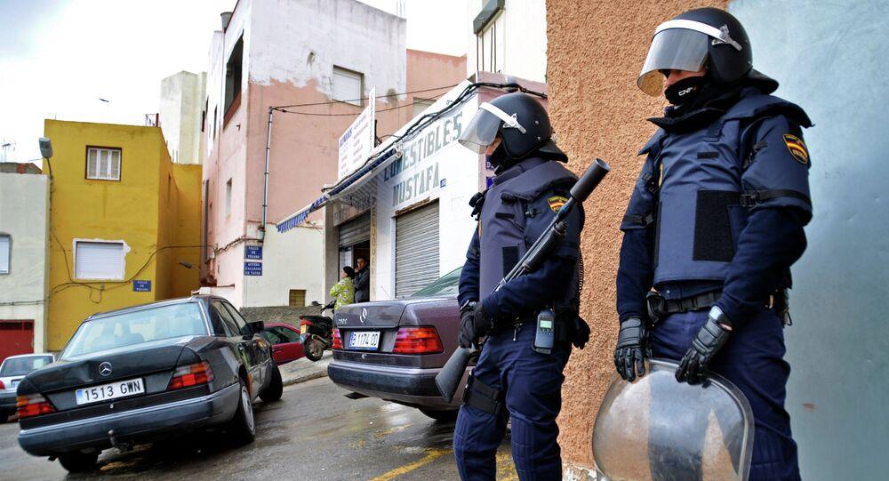 Polícia em operação para desmantelar célula terrorista em Melilla, Espanha