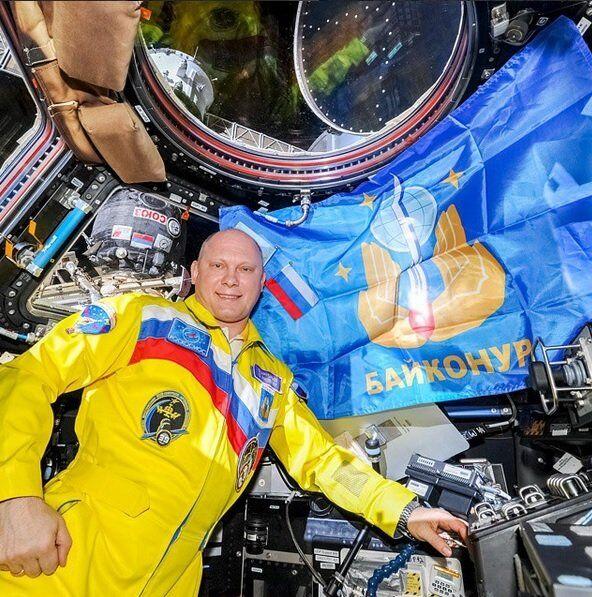 Oleg Artemyev celebrando os 60 anos do Baikonur