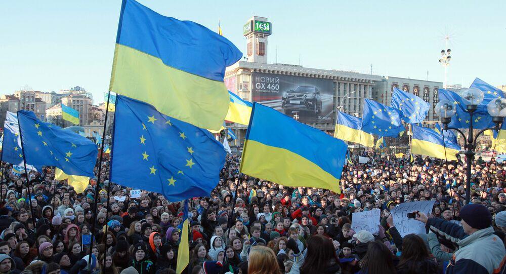 Manifestação a favor de integração europeia em Kiev, Ucrânia