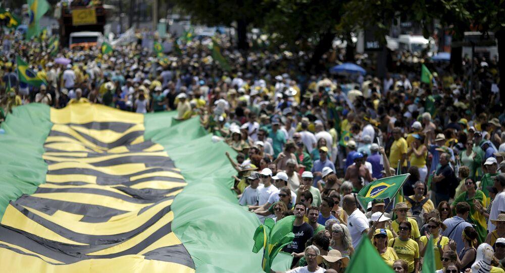 Manifestação pedindo o impeachment da presidenta do Barsil, Dilma Rousseff, no Rio de Janeiro