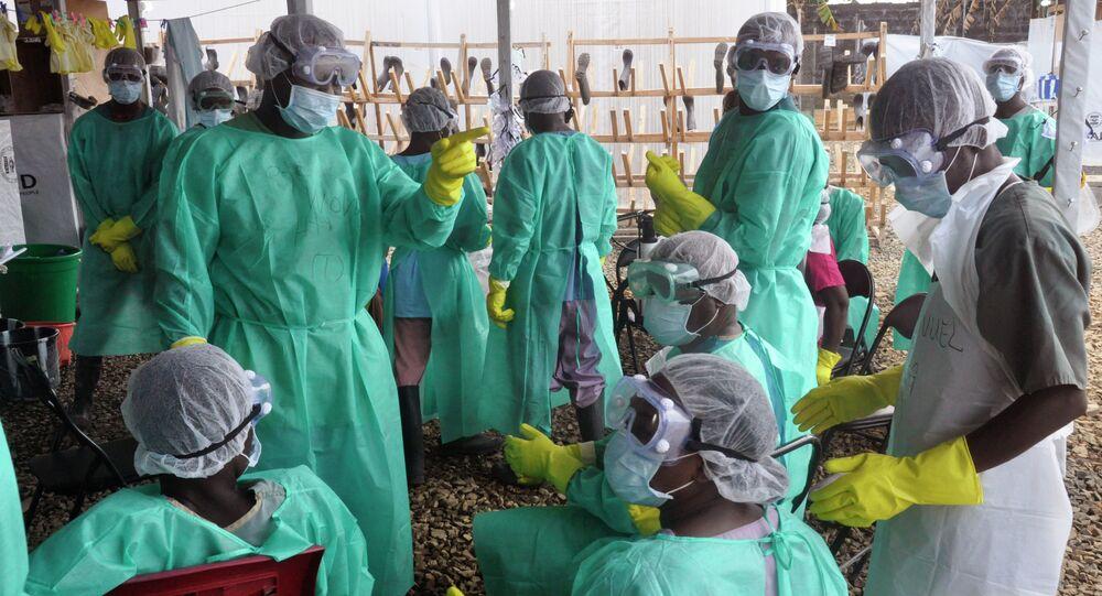 Equipe de combate à propagação do ebola na Libéria