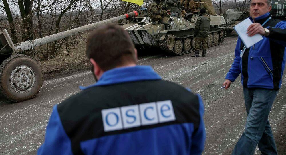 OSCE controla o movimento do material blindado ucraniano em Donbass