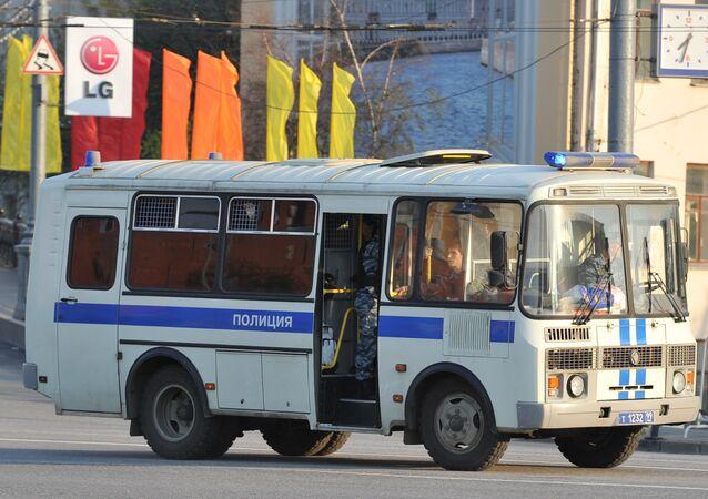 Van da polícia em Moscou (foto de arquivo)