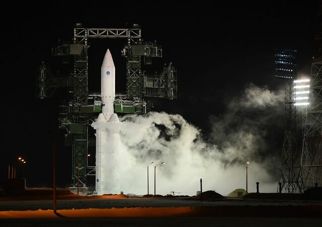O primeiro lançamento do foguete da classe pesada Angará-A5 teve lugar em 24 de dezembro de 2014