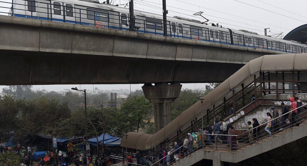 Uma estação de metrô em Nova Delhi em 15 de janeiro