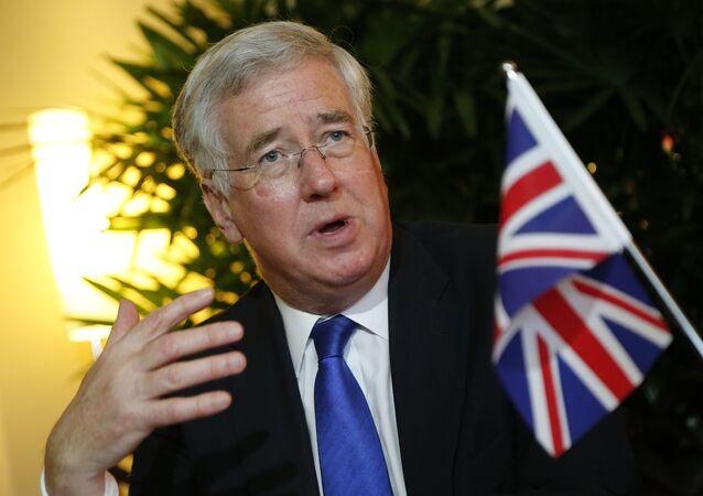 O ministro da Defesa do Reino Unido, Michael Fallon, durante uma conferência na Singapura