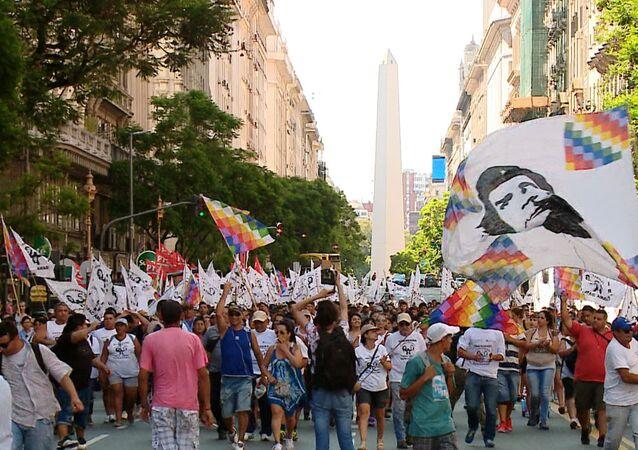 Argentinos exigem a libertação de Milagro Sala
