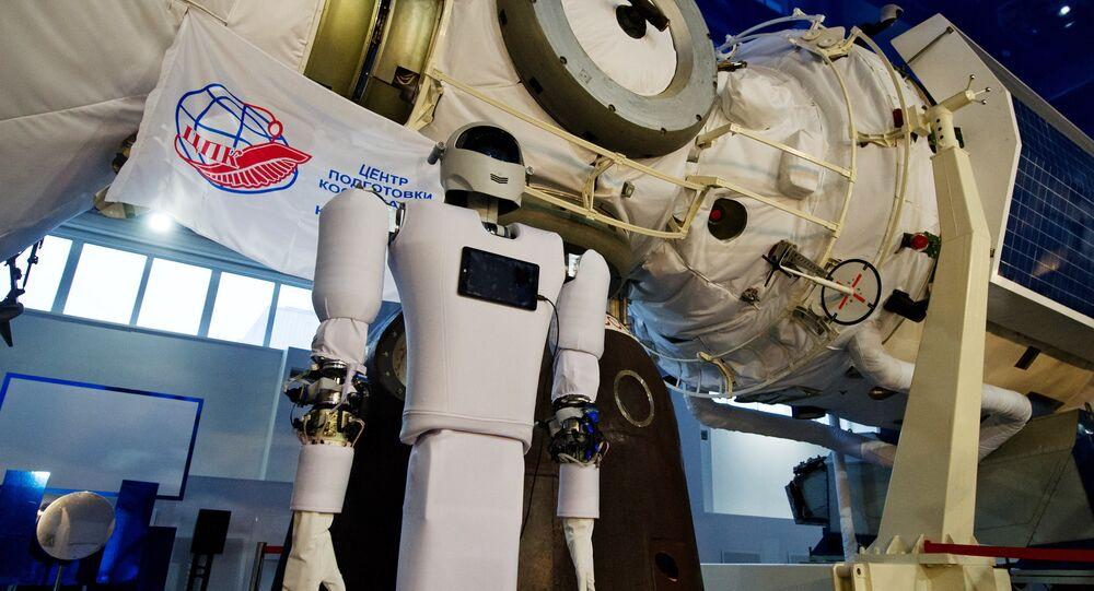 Centro de treinamento de astronautas mostra sistema humanoide robótica Andronaut